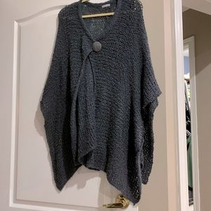 Soft & comfy sweater/poncho